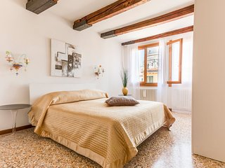 648 m from the center of Venice with Internet, Air conditioning, Terrace, Washin