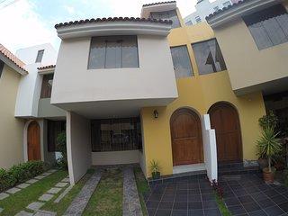 NOGALES HOUSE - QUINTA PRIVADA