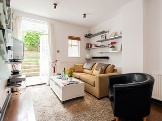 Apartment in London with Internet, Terrace, Washing machine (679463)