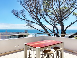 Sandbar Four Apartment with great views and walking distance to beach