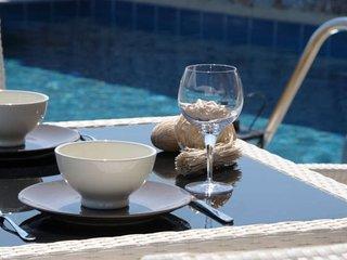 Ossiano Pool Villas ( private) 2 min to Haraki bay and 10 min to Lindos