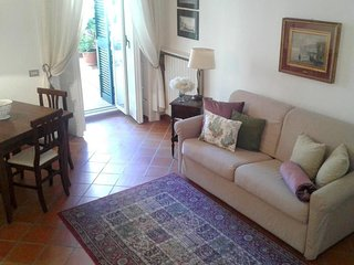 Apartment in the center of Naples with Lift, Terrace, Washing machine (381742)