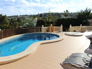 2 bedroom Casita in Moraira with private pool ,walking distance to sea