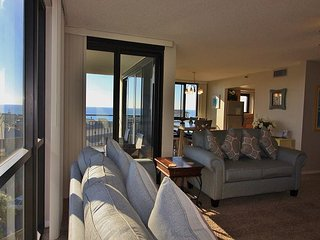 Enclave 605A, 3BR/2BA condo, just across the street from the beach!