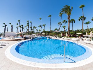 Altamira 38 - One Bed with fantastic sea and pool views