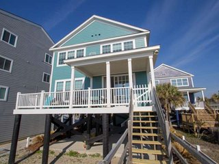 E Sea Livin' Freshly Redecorated Oceanfront Home!