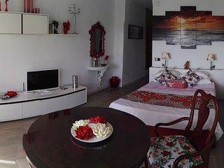 Home Benitez (Rojo)