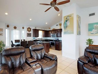 Waterfront dog-friendly condo with shared pools and hot tubs, golf, and more