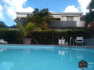 Logement Coton (bas de villa) jardin et piscine