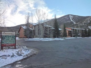 Mountainside Condo 178F