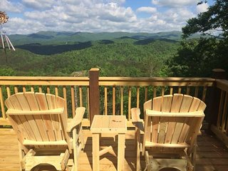 THREE BEARS BLUFF-  2 BEDROOM/2 BATHROOM BREATHTAKING MOUNTAIN VIEW