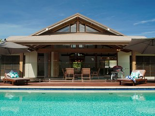 Indah - Luxurious Villa Port Douglas