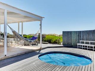 Bungalow Beach Villa