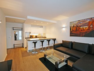 94 m from the center of Berlin with Internet, Lift, Balcony, Washing machine (25