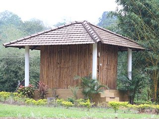 Coffee Plantation Homestay - Bamboo room