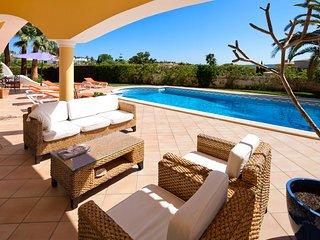 Outside covered terrace area