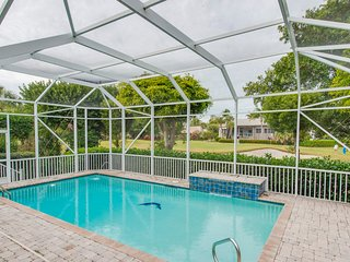 1238 Parview - 3 Bedroom Pool on the Golf Course