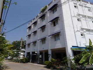 Queens Park Apartments - (2D)