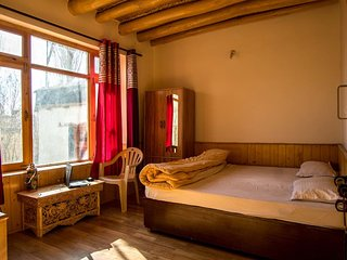 Achina Guest Houses Leh (BedRoom 3)