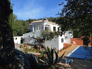 Villa apartment in peaceful area near Historical Loule,Vilamoura Central Algarve