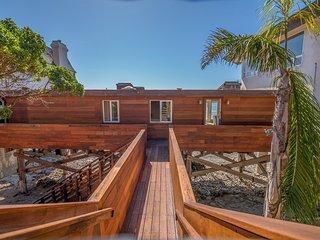 Oceanfront Malibu Private Retreat