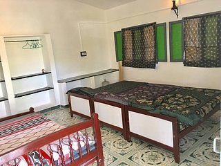 Dvarakapuri Farms (BedRoom 1), holiday rental in Tirunelveli District