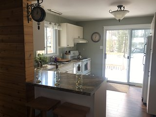 Two bedroom Wasaga Beach Cottage Retreat