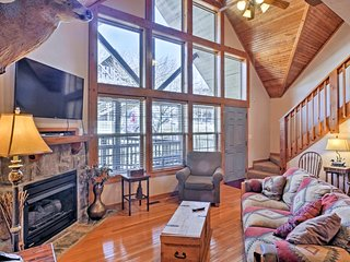 NEW! 4BR Branson West Lodge in StoneBridge Resort!