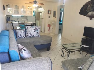 Spacious, beautifully equipped 2 bedroom apartment for Holiday/Vacation Rental