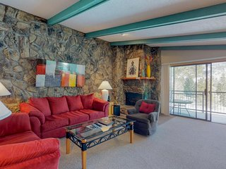 Lakeside condo with 2 shared hot tubs & pool - mountain views & close to skiing!