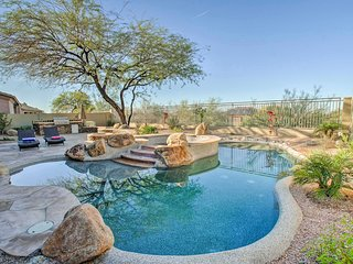 Luxurious Scottsdale Home w/Pool, Hot Tub & Patio!