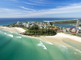 Kooringal unit 20 - Right on the beachfront in a central location Coolangatta