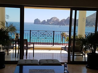 Hilton Cabo - **VIP**Spectacular OceanFront Thanksgiving or Christmas Sleeps 8