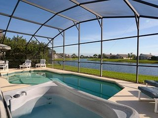 1059SEL. Luxurious 3 Bedroom Eagle Pointe Pool Home