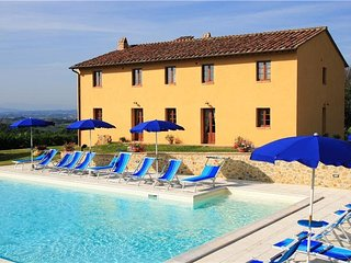 8 bedroom Villa in Luiano, Tuscany, Italy : ref 5311077