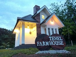 Tehel Farmhouse