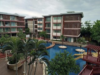 Condos for rent in North Hua Hin: C6230