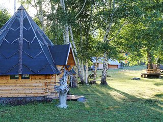 Guesthouse Yasnaya Polyana - Bear's Paw Traditional Hut