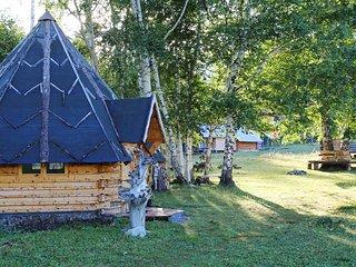 Guesthouse Yasnaya Polyana - Bear's Paw Traditional Hut