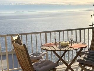 DALLAS- Precioso apartamento con 3 dormitorios con vistas al mar y piscina