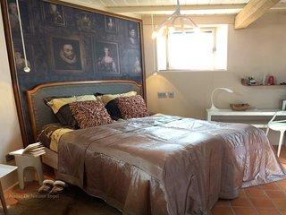 Stijlvolle slaapkamer de 'Dijkkamer' met Hästensbed. (medium)