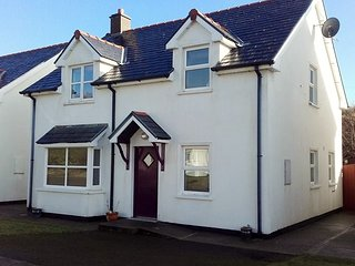 Detached three bed holiday home in this very popular beach location.