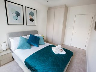 GIGLI Luxury Apartments London Wembley- 2BR 2BA Onyx