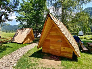Glamping & Hostel Stara Pošta - Glamping Tent with Mountain View 3-5