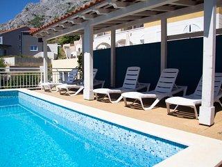 Apartment Dodo- Beautiful Apartment w/Sea View and Garden