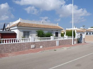 Detached extended Fortuna style villa, 3 bed 1 bath with private pool.  Sector b