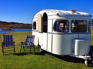Jinny Vintage - On quiet coastal village campsite