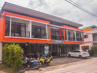 Phangan Diamond House - Deluxe Twin 1