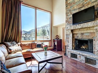 2 Br Condo at The Lodge at Vail- View of Gore Range