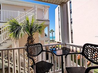 Last Minute Specials for April and May - 3 BR/3BA Steps to the Beach Call us